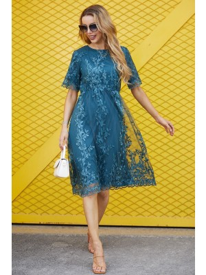 Round Neck Short Sleeves Embroidery Midi Dress