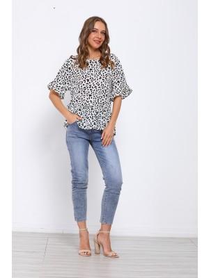 Leopard Print Round Neck T-shirt